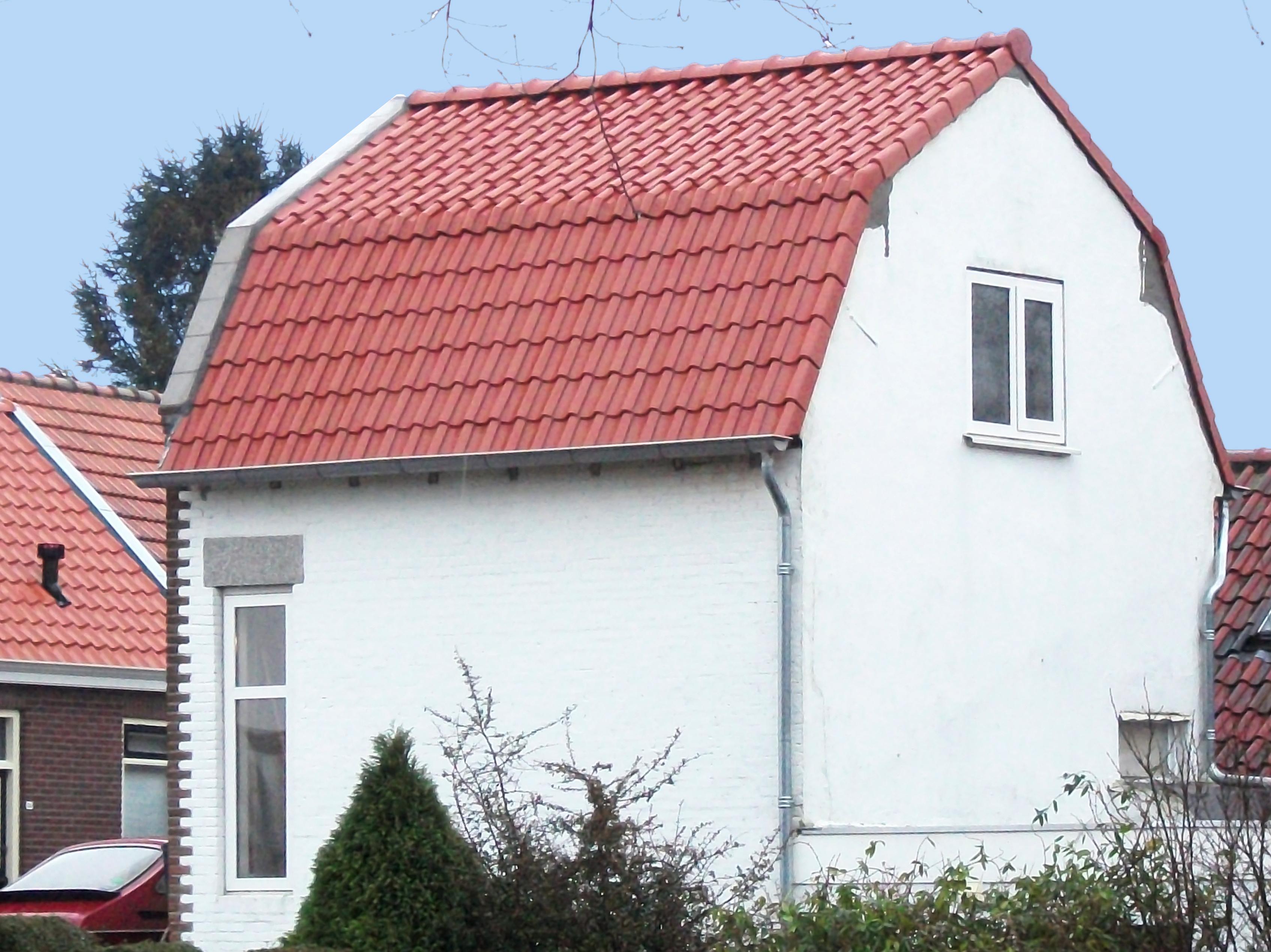 R&D Lage Zwaluwe, dak vervangen